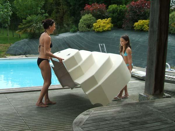 Accelo installation escalier piscine for Escalier sur liner pour piscine