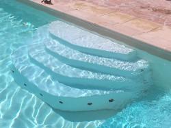 Escalier piscine modèle Arès