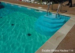 Les Escaliers Accel'O  s'adaptent sur tous les modèles de piscine (existants ou neufs, hors sol, semi-enterrés, classiques, campings).